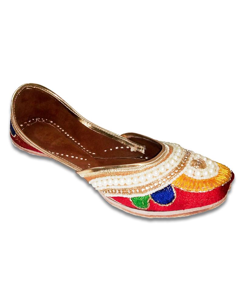 Multicolor Casual Punjabi Jutti with heavy Handwork