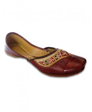 Brown Mullticolored Embroidered Casual Punjabi Jutti