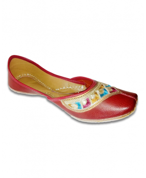 Red Multicolored Embroidered Casual Punjabi Jutti