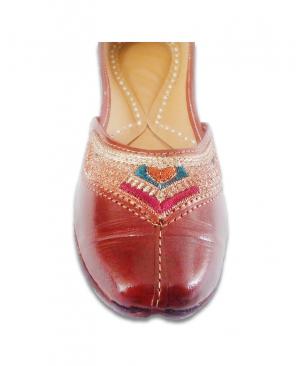 Brown Multicoloured Embroidered Casual Punjabi Jutti