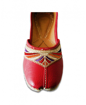 Red Multicoloured Embroidered Casual Punjabi Jutti