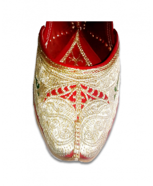 Multicolor Golden Embroidered Handcrafted Punjabi Jutti