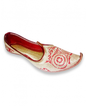 Red & Golden Bridal Embroidered Handcrafted Punjabi Jutti