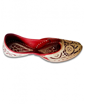 Maroon Silver Bridal Embroidered Handcrafted Punjabi Jutti