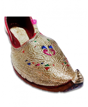 Multicolor Golden Embroidered Bridal Hand Crafted Punjabi Jutti