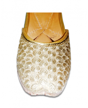 Golden Circled Embroidery Casual Jutti