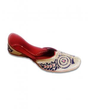 Blue Golden Embroidered Handcrafted Punjabi Jutti