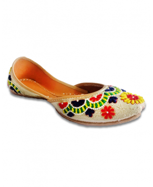 Multicolor Casual Punjabi Jutti with Woolen Handwork
