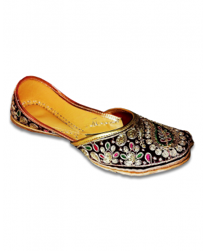 Maroon Golden Embroidered Casual Punjabi Jutti