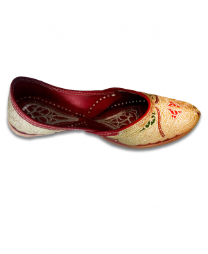 Multicolor Golden Embroidered Hand Crafted Punjabi Jutti