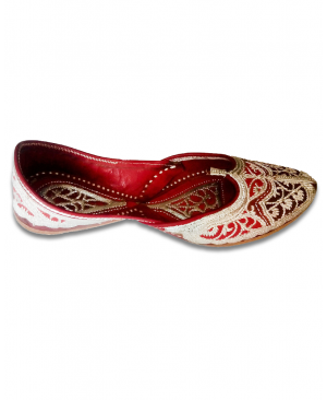 Multicolor Silver Embroidered Bridal Handcrafted Punjabi Jutti