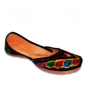 Multicolor Embroidered Black Casual Punjabi Jutti