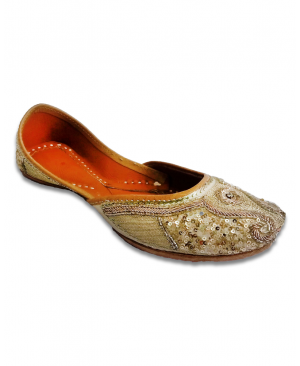 Golden Handwork Embroidered Casual Punjabi Jutti