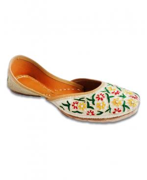 Off White Casual Punjabi Jutti with Multicolored Flowered Handwork