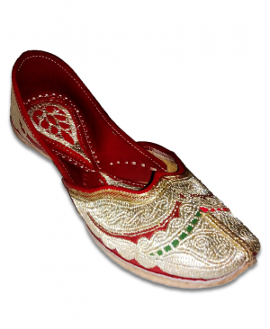 Silver Multicolor Embroidered Handcrafted Punjabi Jutti