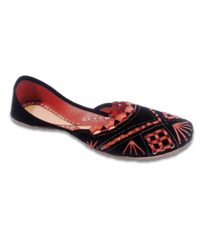 Black Maroon Thread Handwork Velvet Casual Punjabi Jutti