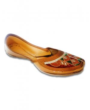 Multicolored Embroidery Golden Casual Punjabi Jutti