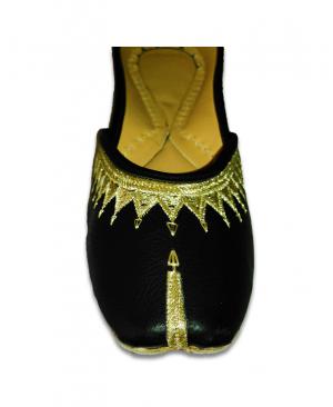 Black Golden Embroidered Casual Punjabi Jutti