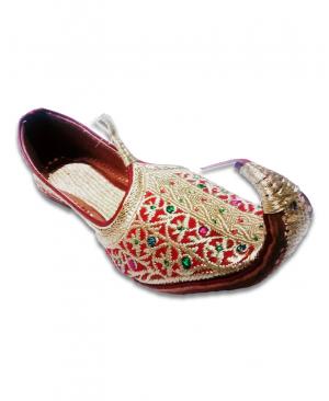 Red Golden Embriodered Bridal Hand Crafted Punjabi Jutti