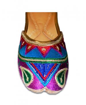 Multicolor Purple Casual Punjabi Jutti