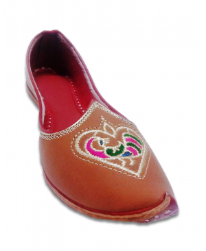 Cherry Color Embroidered Hand Crafted Punjabi Jutti