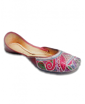 Dark Cheery Multicolored Thread Handwork Casual Punjabi Jutti