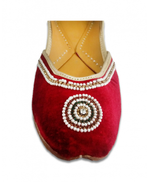 Maroon Handworked Casual Punjabi Jutti
